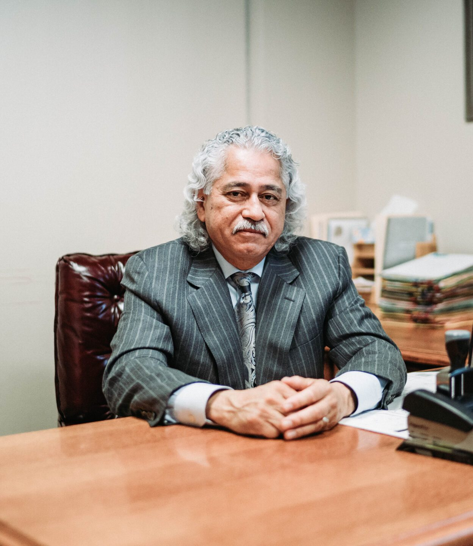 Dr. Robert Salazar